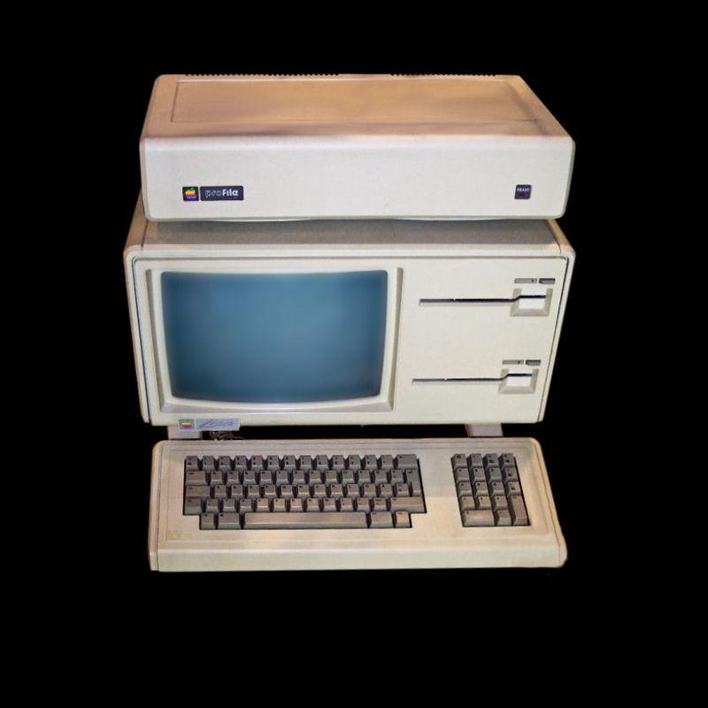 Эту модель презентовали в январе 1983 года