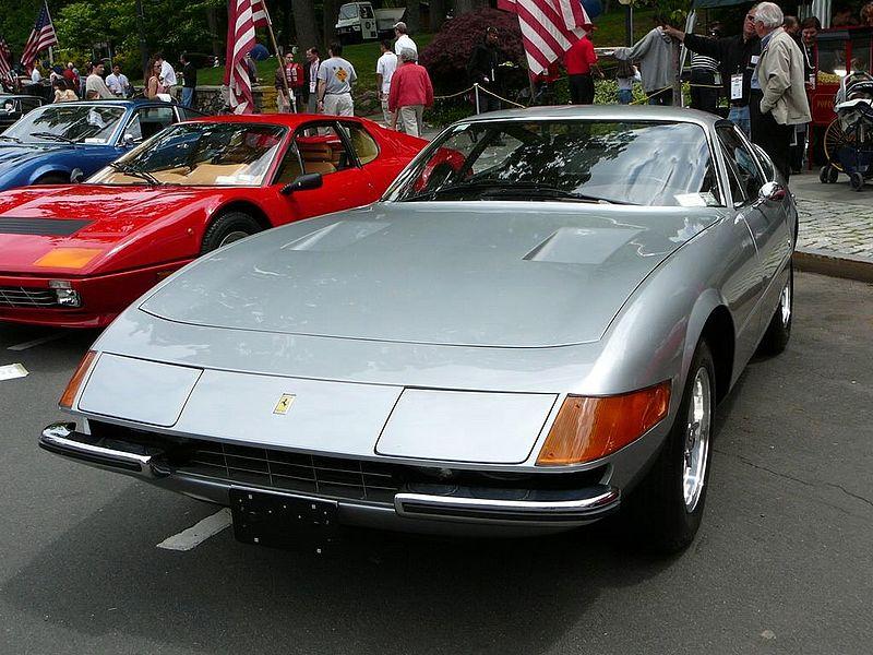 Всего было выпущено 121 Ferrari 365 GTB