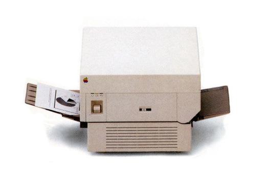 Apple LaserWriter - этот лазерный принтер представили в 1985 году