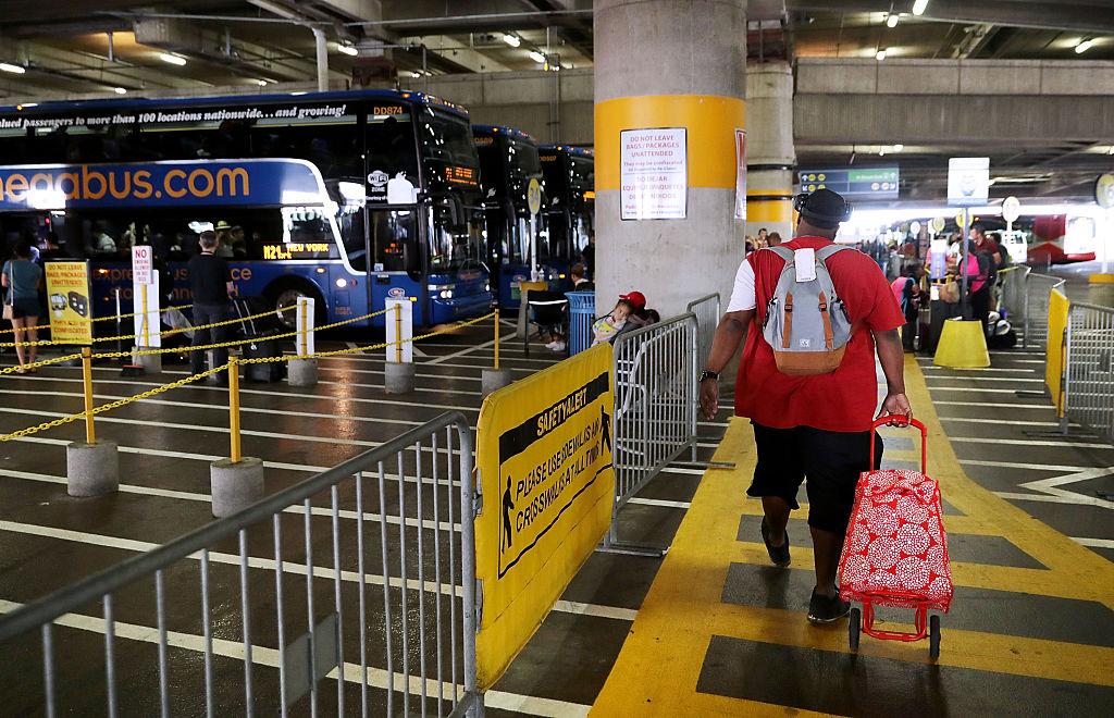 Самый дешевый междугородный билет на автобус стоит всего 1 доллар