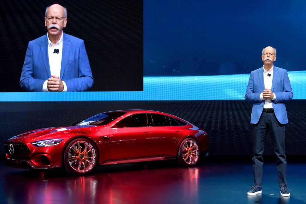 В 2016 году бренд Mercedes-Benz оценивался в 43,490 миллиардов долларов