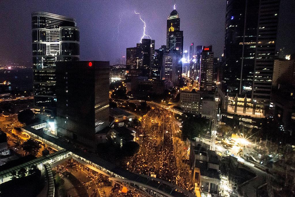 В Гонконге правительство в экономику не вмешивается