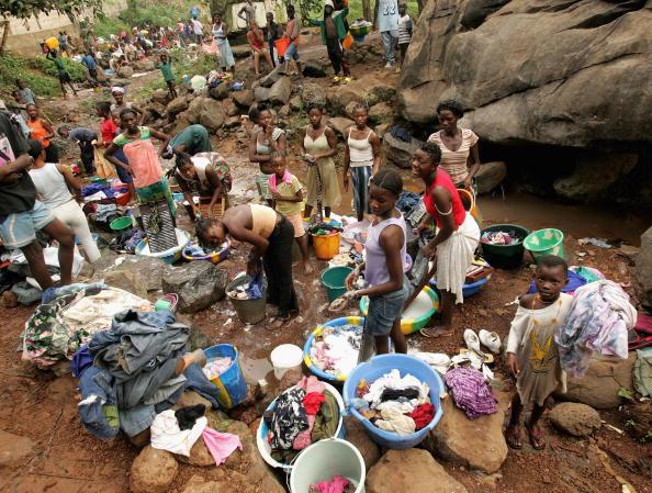 Большая стирка в Сьерра-Леоне