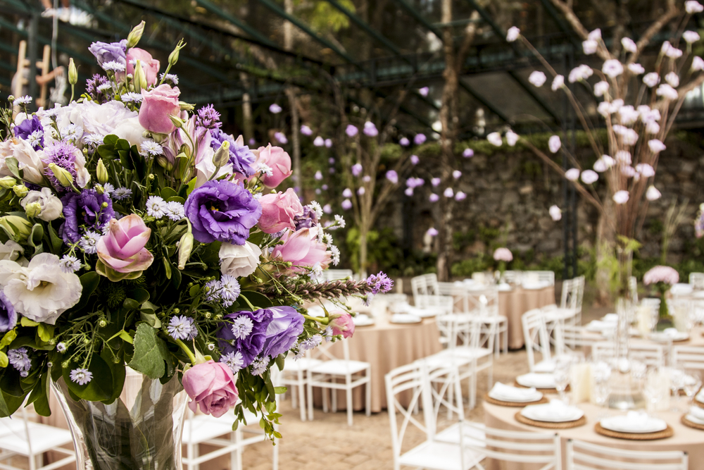 Стоимость свадебного меню варьируется от 1 000 до 3 000 грн за человека