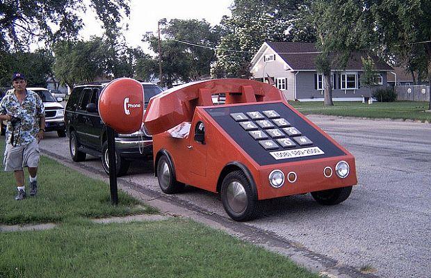 The Phone Car